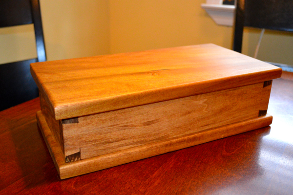 Dovetail box front
